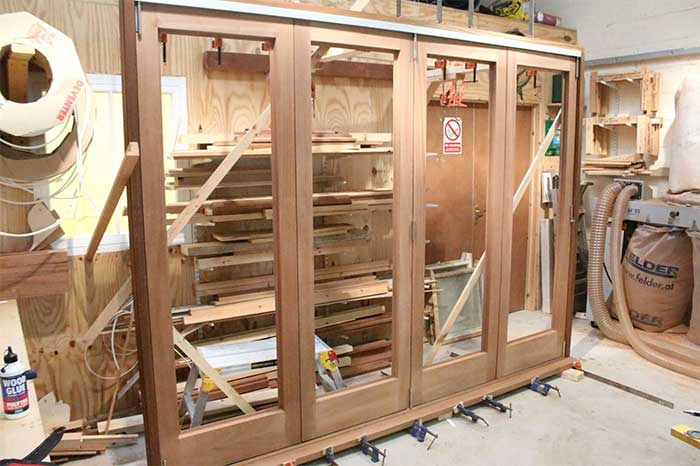 Doors, bi-fold, joinery, carpentry